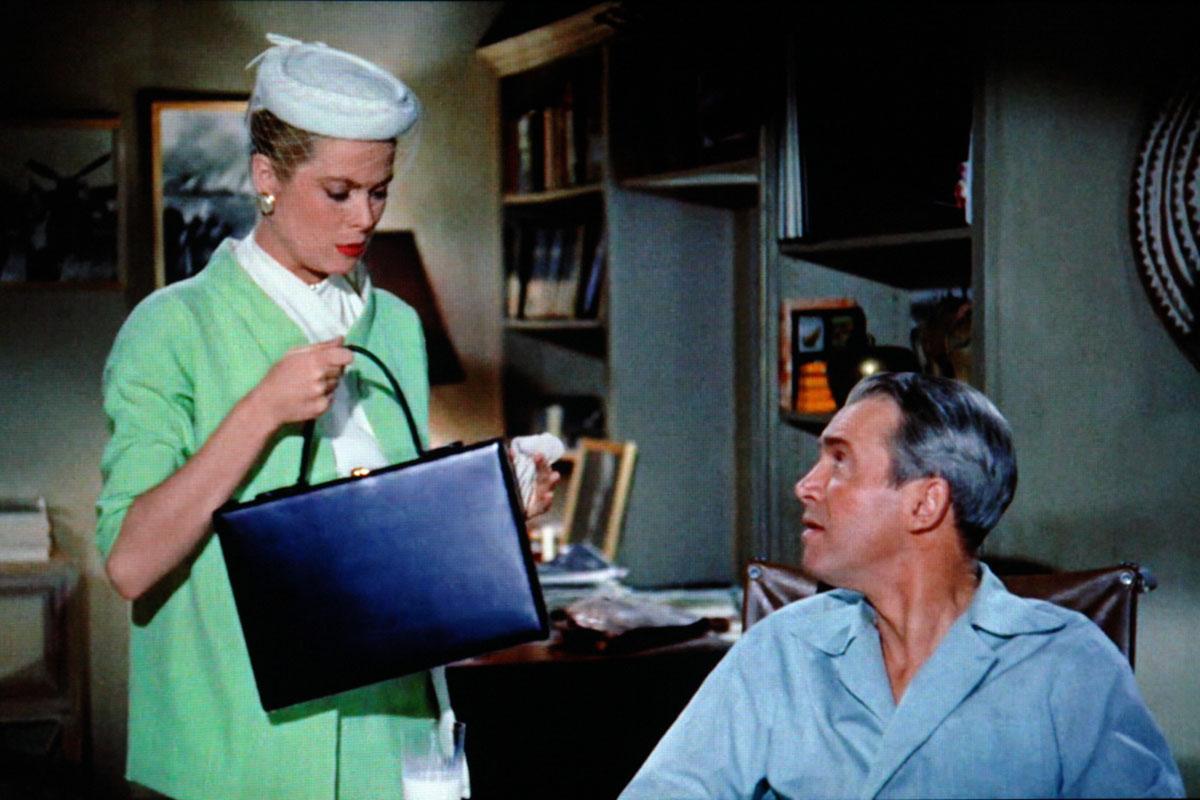 Grace Kelly lució un maletín de la firma en 'La ventana indiscreta'.