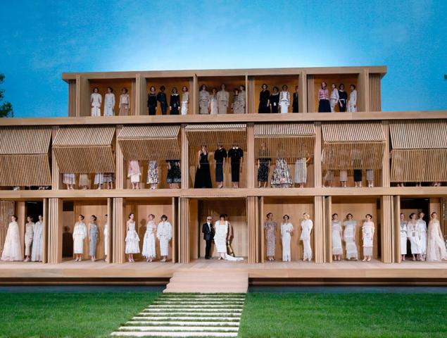 Las mejores imágenes del espectacular desfile de Chanel