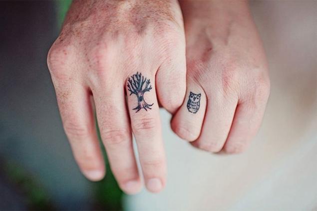 Tatuajes de compromiso para parejas nada convencionales