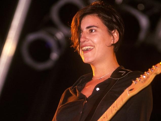 La nueva vida de Justine Frischmann, la líder de Elastica que huyó del Britpop