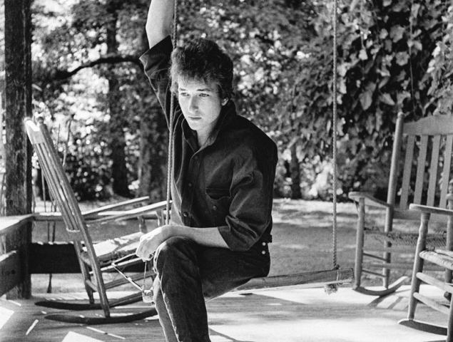 Las fotos del año que cambió la vida (y la fama) de Bob Dylan