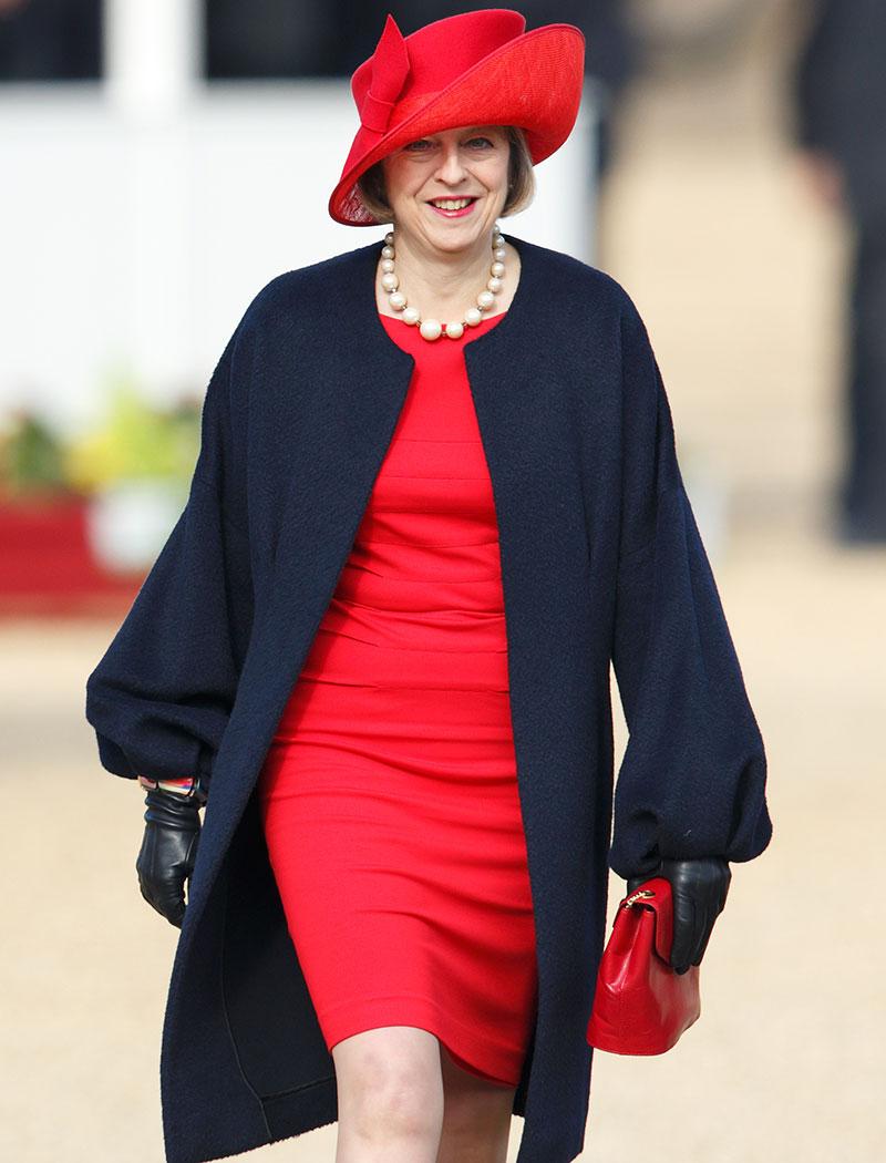 A Theresa May no le falta personalidad a la hora de vestir.