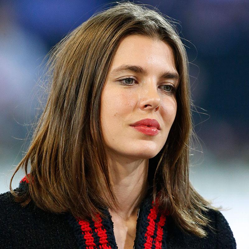 Carlota Casiraghi,  pelo al natural.