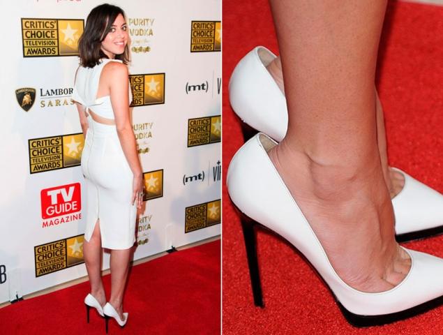 El inquietante caso de los zapatos que destrozaban los looks de las 'celebrities'