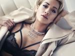 Rita Ora: la historia de una hija de refugiados que llegó a diva del pop