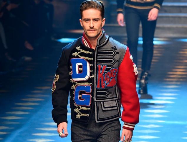 Pelayo sustituye la pasarela de 'Cámbiame' por la de Dolce & Gabbana