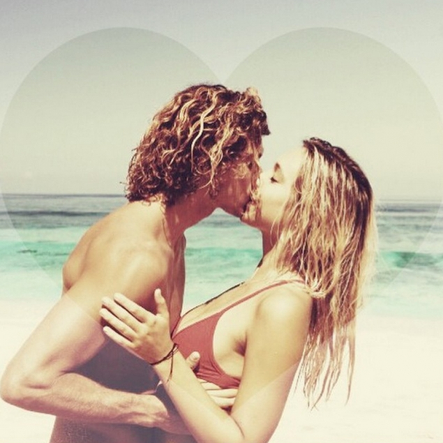 La pareja más perfecta de internet ha roto (y se están ridiculizando en las redes sociales)