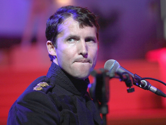 James Blunt aclara el verdadero significado de 'You're Beautiful' (y no es el que piensas)