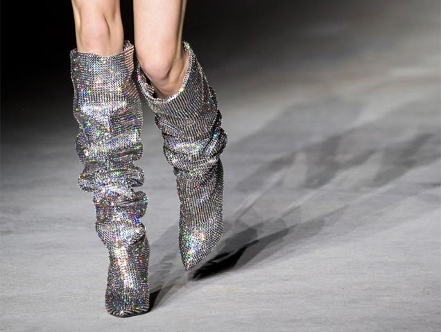 Las botas del próximo otoño cuestan casi 10.000 euros y ya tienen lista de espera