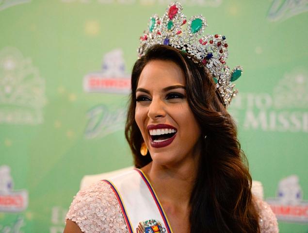 """""""Me haré la cirugía plástica que haga falta para ser Miss Venezuela"""""""
