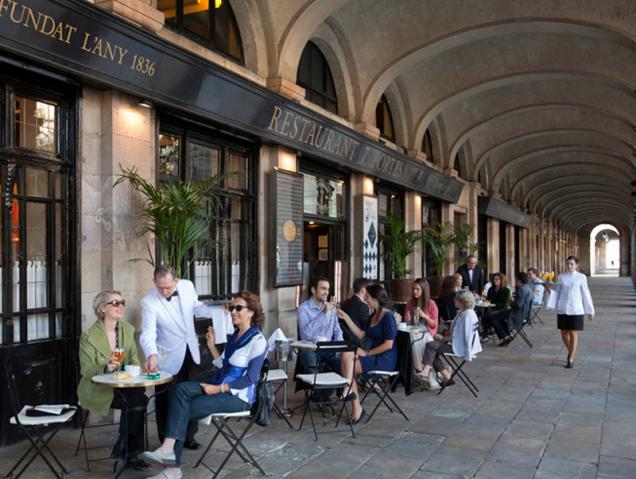 """""""Ava Gardner ligó aquí"""": los restaurantes centenarios de Barcelona que no se rinden al turista"""