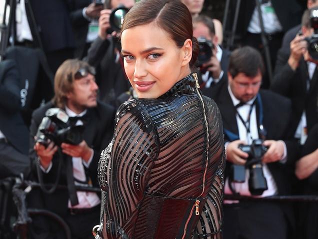 Irina Shayk acapara todos los flashes en Cannes