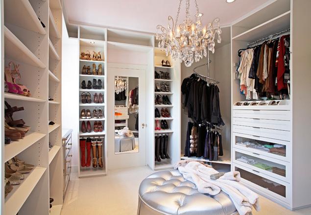 El arte de organizar armarios s moda el pa s - Como organizar un armario pequeno ...