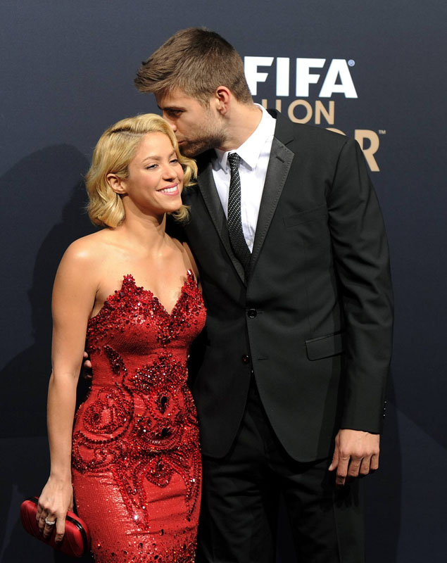 Dentro beso Shakira Pique