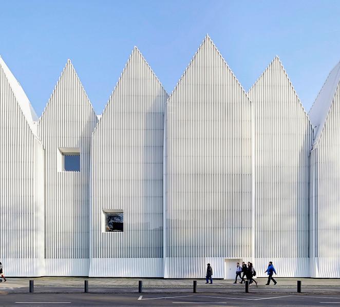 Arquitectura al alza o la gran conquista espa ola s moda for Arquitectura espanola