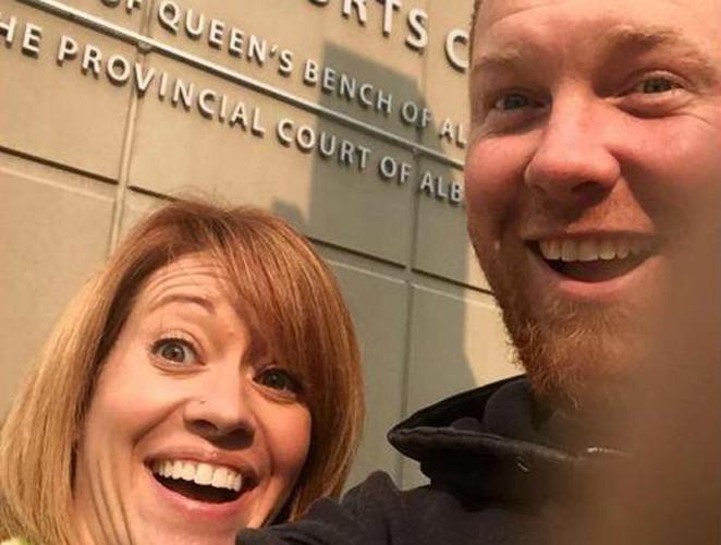 Happy divorce selfie